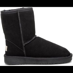AUABP Dark Brown Ugg Style Suede and Wool Boots 9